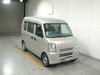 DA64V-190600.jpg