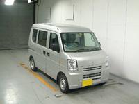 DA64V-557166.jpg