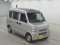 DA64V-432539.jpg